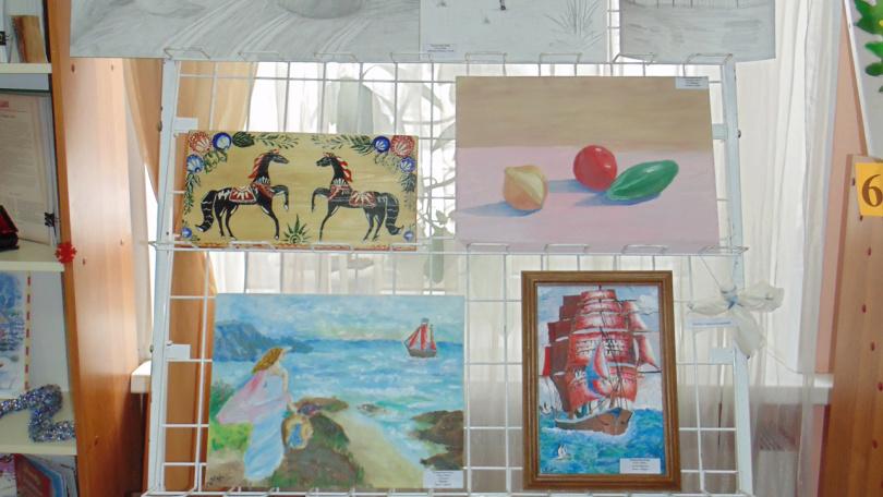Творческая выставка Киры Чамурлиевой