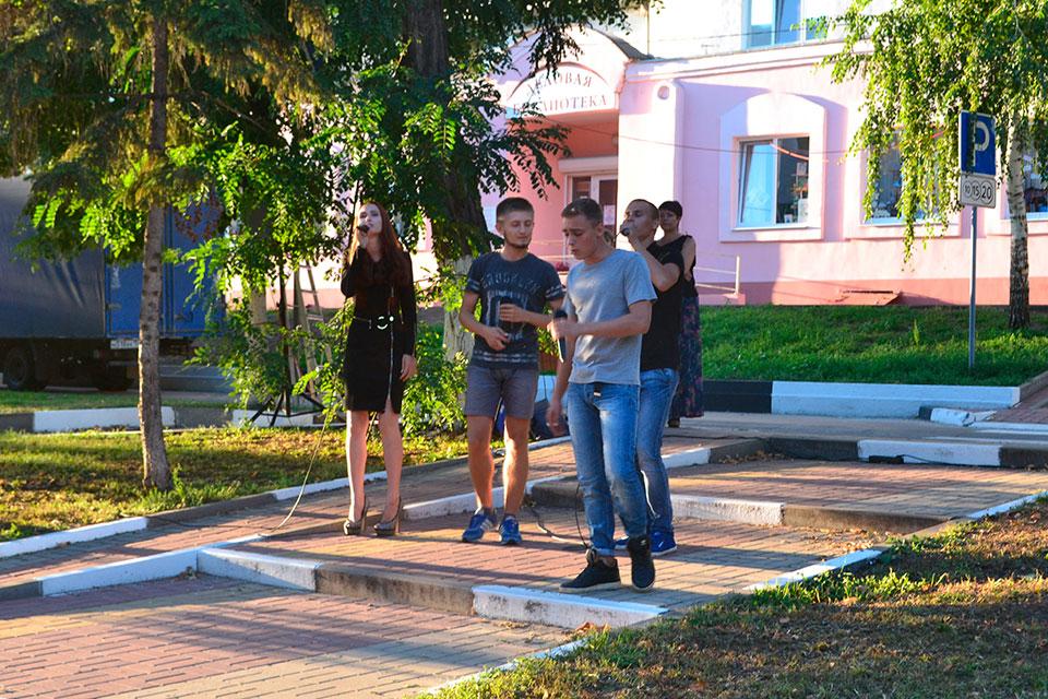 «Празднике ко дню Российского кино»