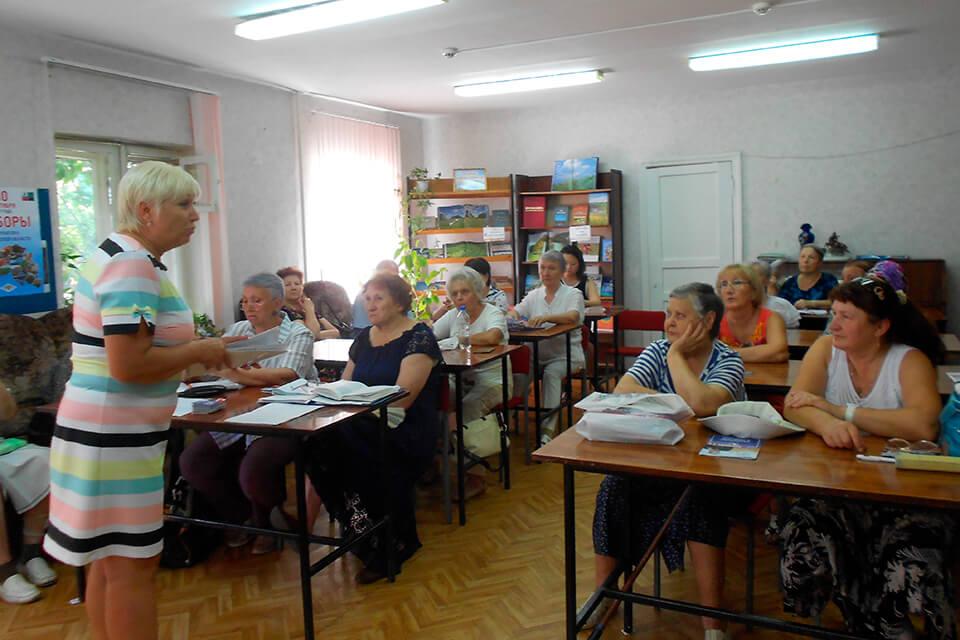 встреча с членом избирательной комиссии г. Белгорода, директором гимназии № 22 – Шляховой Светланой Анатольевной