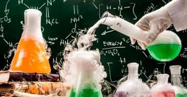 Физико-химический экспериментариум «День рождения Эйнштейна»