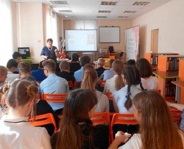 Беседа о культуре общения и засорении русского языка ненормативной лексикой